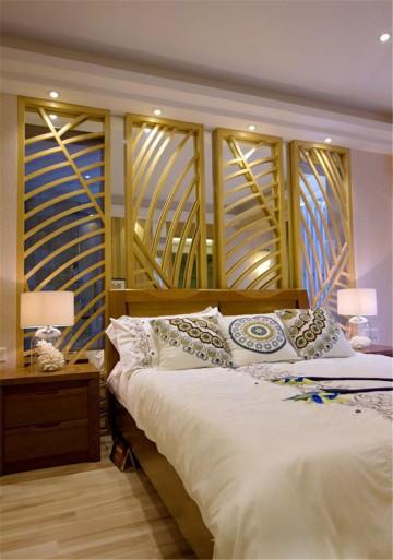 浪漫金色东南亚风格90平米三居室装修效果图