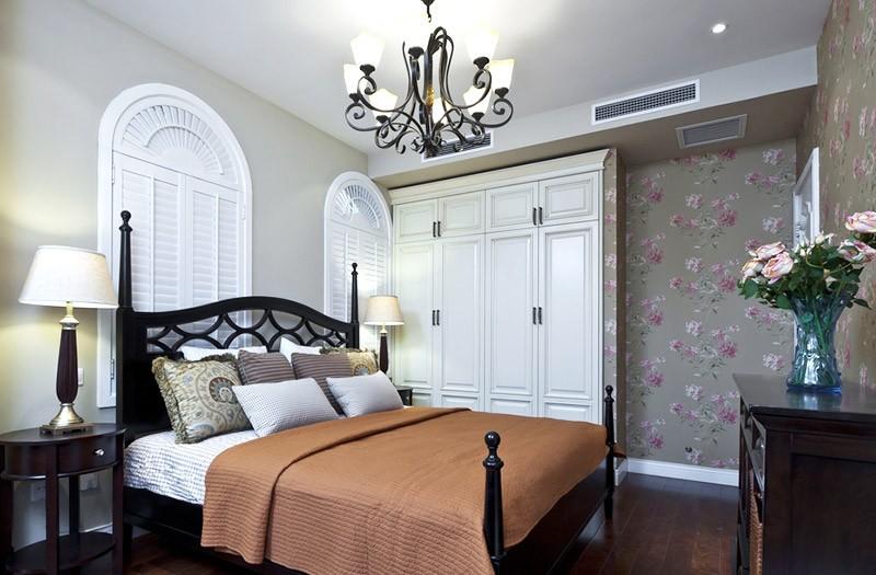 清新舒适的田园风格150平米别墅卧室衣柜装修效果图