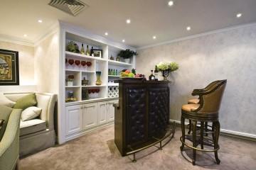 文艺奢华新古典风格140平米三居室装修效果图