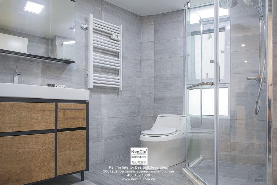 弘阳上湖现代简约三居室卫生间装修实景案例