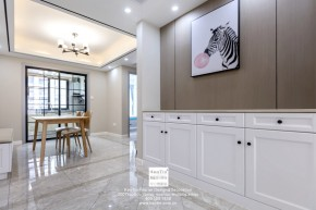 中交璟庭现代简约三居室餐厅装修实景案例