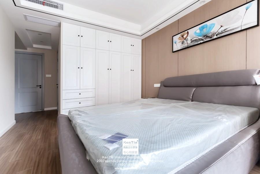 中交璟庭现代简约三居室卧室装修实景案例