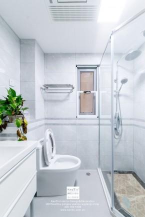 南山维拉现代简约二居室卫生间装修实景案例