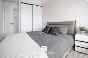 九龙仓风华里现代简约三居室卧室装修实景案例