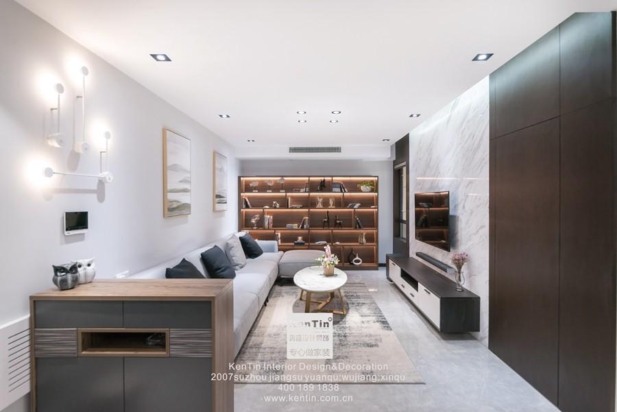 阳光天地现代简约二居室客厅装修实景案例