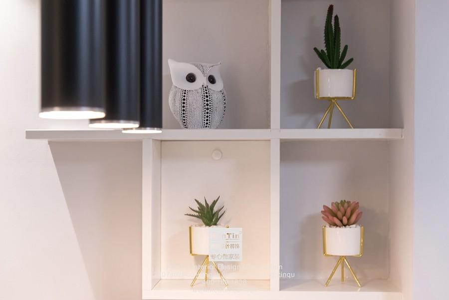 阳光天地现代简约二居室装饰柜装修实景案例