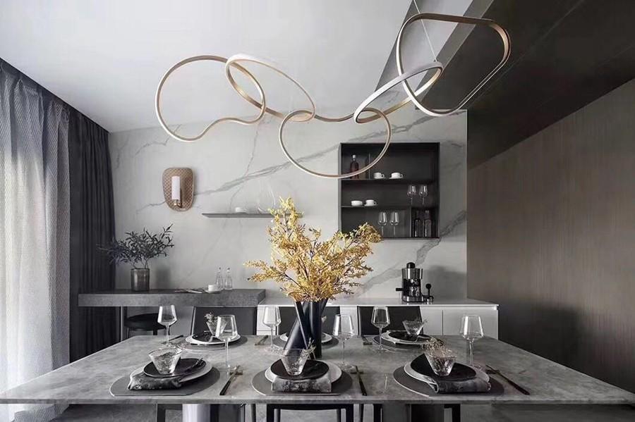 现代简约风格三居室餐厅装修实景案例