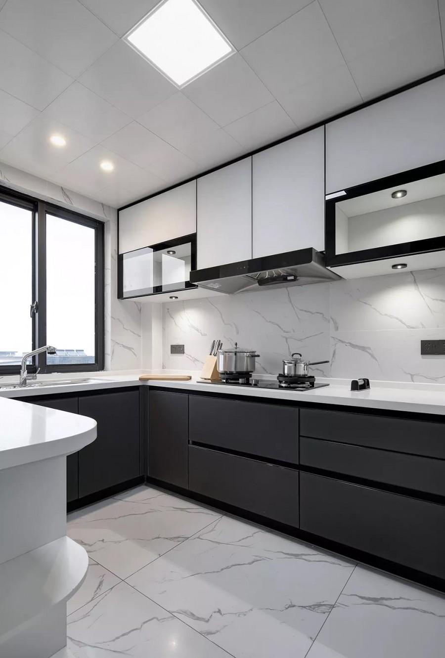 现代简约风格三居室厨房装修效果图
