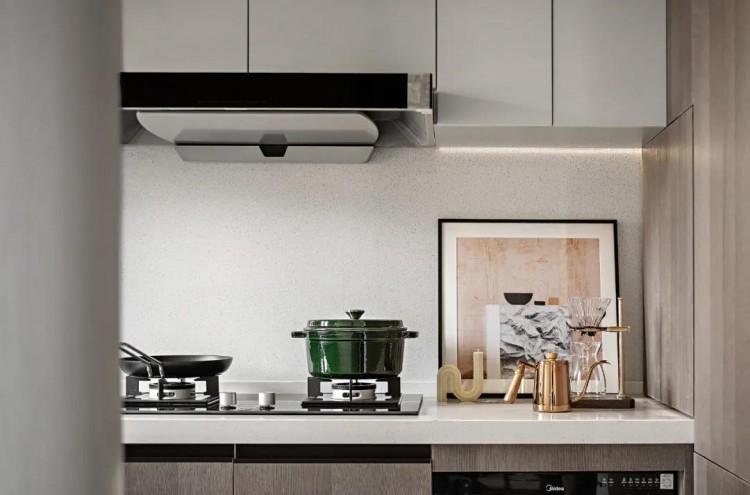 现代轻奢风格四居室装修效果图